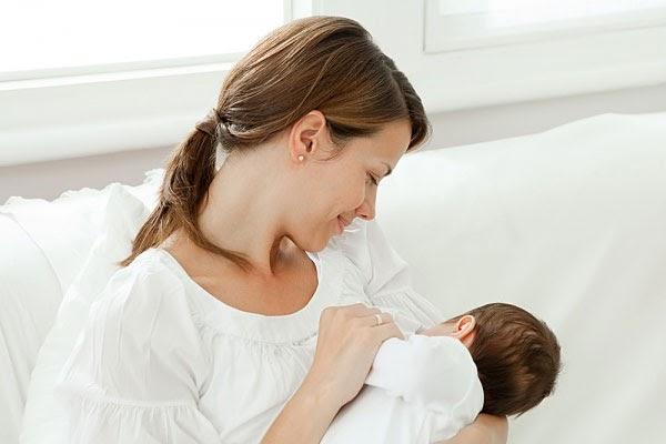 Sử dụng Ích Mẫu Lợi Nhi mẹ đủ sữa, trẻ khỏe mạnh
